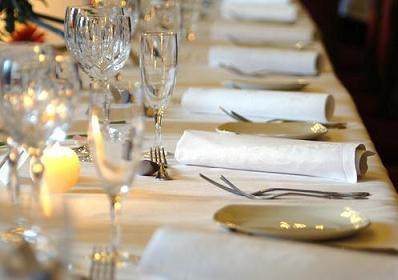 equipamiento para eventos, banquetes, arriendo de vajillas